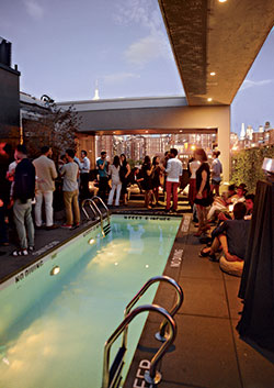 Best hotel scene la piscine con sur best of new york for La piscine pool bar restaurant