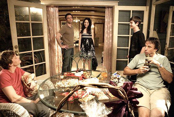 weeds. Weeds Season Premiere: Down in