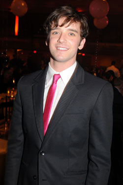 http://images.nymag.com/daily/entertainment/20090628_michaelurie_250x375.jpg