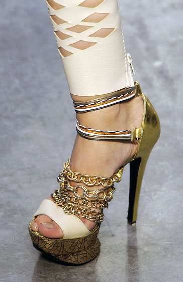 Spring 2009's Most Dangerous Shoes -- The Cut: New York Magazine's Fashion Blog :  spring 2009 dangerous rodarte milan fashion week