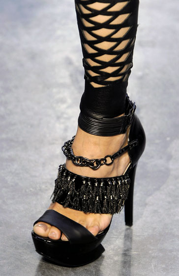 Spring 2009s Most Dangerous Shoes -- The Cut: New York Magazine's Fashion Blog :  spring 2009 rodarte slideshow blog
