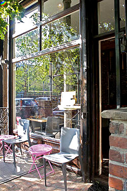 As the Tasting Room Caf&eacute;.