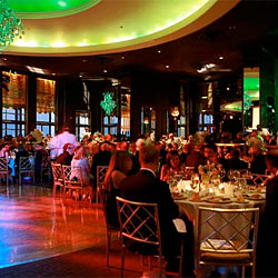 Rainbow Room to Close, Midtown Tourists Keening