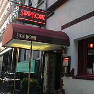 Steakhouse Follies: Server Who Sued Ruth's Chris Now Sues Strip House