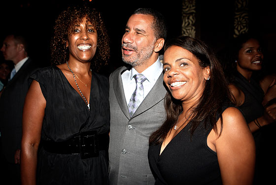 David Paterson with some ladies.