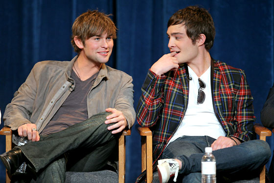 Roommates Ed Westwick Chace Crawford Images & Pictures - Findpik