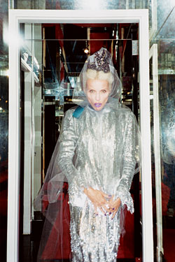Photo Nick Haymes Daphne Guinness