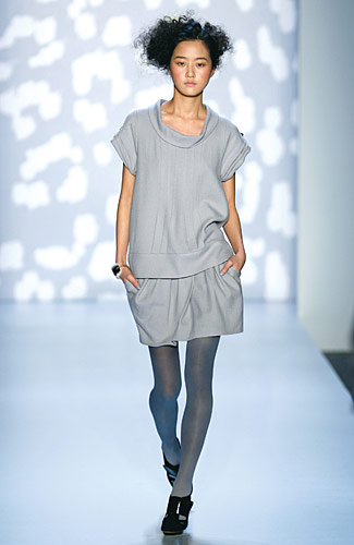 Twinkle Fall 2008 RTW :  loose womens fall 2008 gray