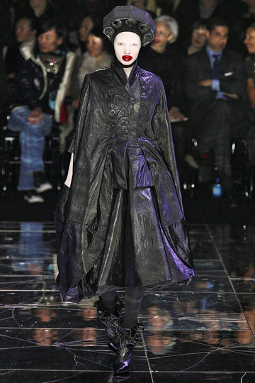 ALEXANDER McQUEEN::Paris Runway Fall 09 No. 8 :  fall 09 platform boots runway designer dress