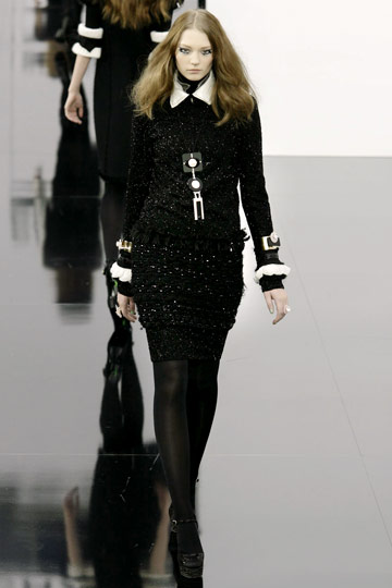 Chanel Fall 2009 RTW :  luxe flirty cocktail womens