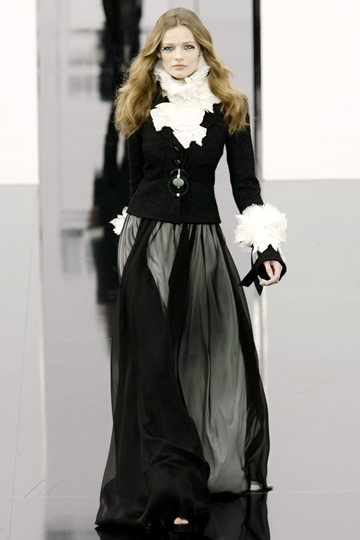 Chanel Fall 2009 RTW :  luxe style womens dresses