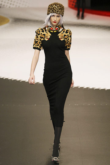 Jean-Charles de Castelbajac Fall 2009 RTW :  luxe modern style cocktail