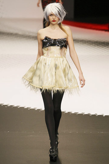 Jean-Charles de Castelbajac Fall 2009 RTW :  chic designer dress evening
