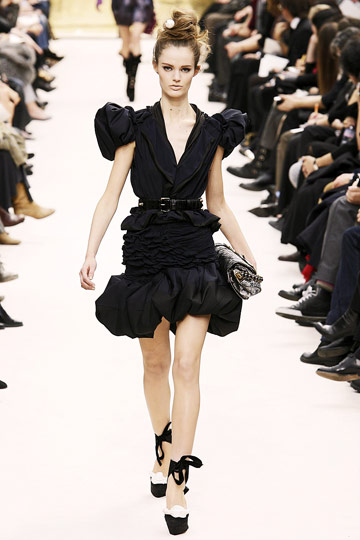 Louis Vuitton Fall 2009 RTW :  black dress louis vuitton cocktail womens