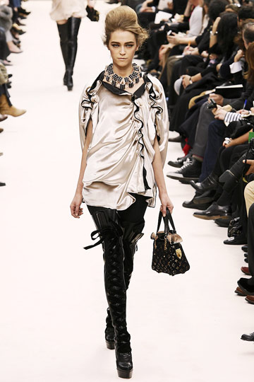 Louis Vuitton Fall 2009 RTW :  chic cocktail womens dresses