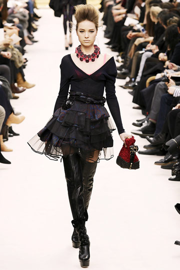 Louis Vuitton Fall 2009 RTW :  luxe cocktail womens skirts