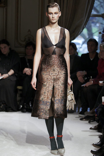 Miu Miu Fall 2009 RTW :  chic glamorous dress evening