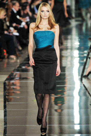 Valentino Fall 2009 RTW :  modern stylish glamour designer fashion