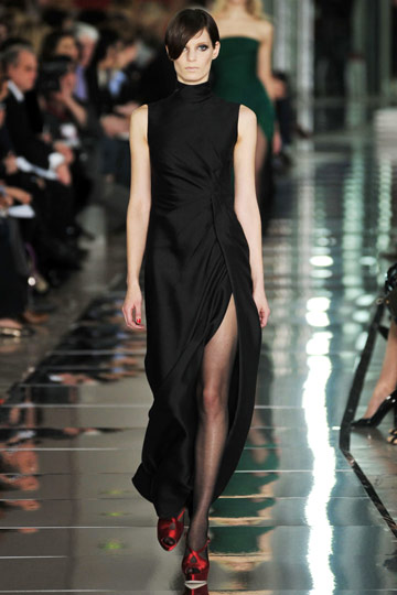 Valentino Fall 2009 RTW :  black dress style cocktail womens