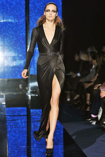 Versace Fall 2009 RTW :  hollywood glamour gown cocktail womens hollywood glamour