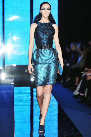 Versace Fall 2009 RTW :  stylish womens hollywood glamour dresses