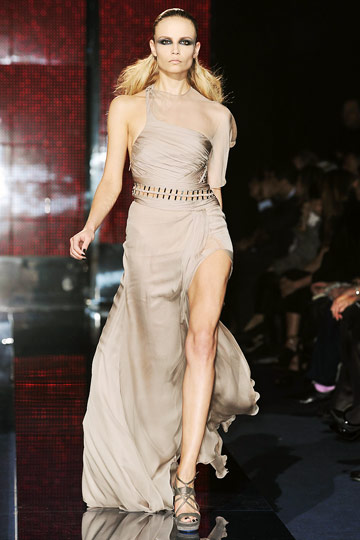 Versace Fall 2009 RTW :  hollywood glamour gown red carpet womens hollywood glamour