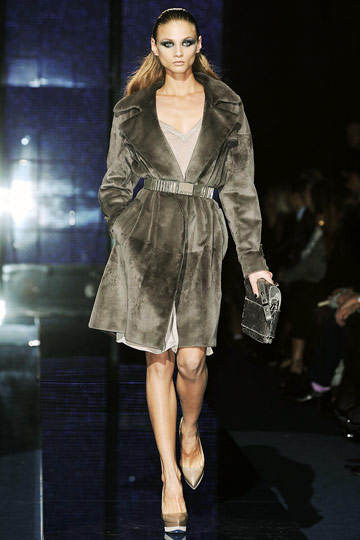 Versace Fall 2009 RTW :  luxe designer evening coats