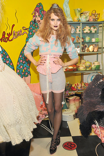 MORE BETSEY::& Necessary Betsey Too :  knits pop vintage boho