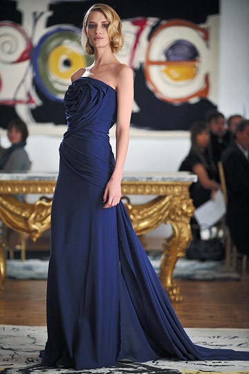 http://images.nymag.com/fashion/fashionshows/2009/fall/main/newyork/womenrunway/tuleh/images/29.jpg