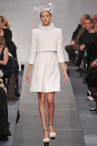 Chanel Couture - Chanel Couture - Spring 2009 Collection :  chic summer dresses accessories