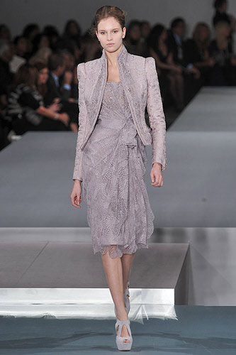 Elie Saab Spring 2009 Couture :  modern evening dress glamour designer fashion