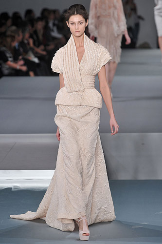 Elie Saab Spring 2009 Couture :  modern stylish glamour designer fashion