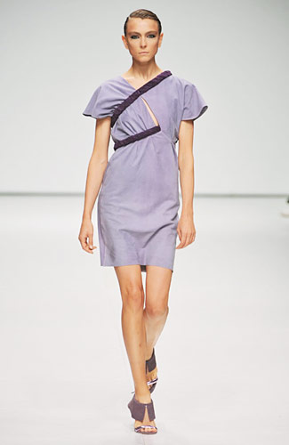 Marios Schwab - Marios Schwab - Spring 2009 Collection :  light blue dress marios schwab asymmetrical