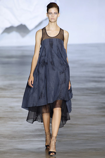 Cacharel Spring 2010 RTW :  blue ready to wear rtw designer