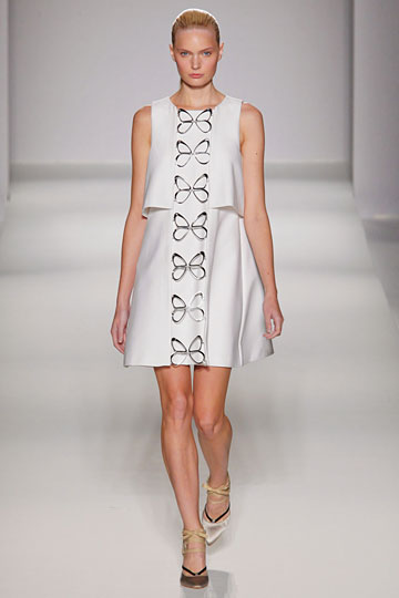 Sportmax Spring 2011 RTW :  loose flare neutrals billowy