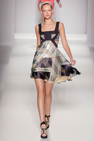 Sportmax Spring 2011 RTW :  milan billowy brown summer