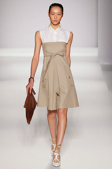 Sportmax Spring 2011 RTW :  dress self tie knee length a line