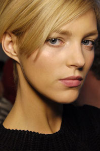Anja Rubik's photo