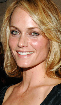 Amber Valletta's photo