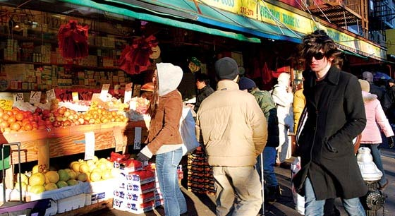 The everything guide to chinatown new york magazine for Online shopping sites in new york