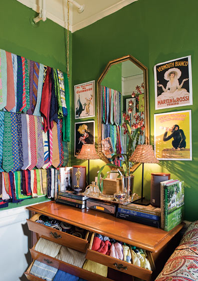 Decorating Ideas > The Lovely Side Preppy & Eclectic To The Max  Dorm  ~ 005315_Eclectic Dorm Room Ideas