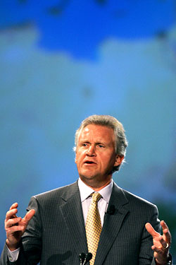 Jeff Immelt, looking comfortable.