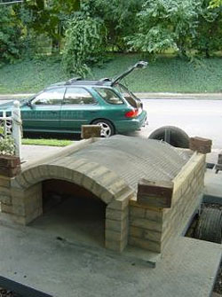 Dave Sclarow's mobile brick oven.