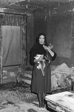 Edie Beale in her home, Grey Gardens, in 1975.