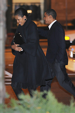 The newly elected Barack Obama leaving Spiaggia with Michelle on November 8, 2008.