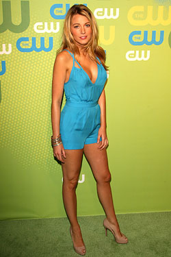 Blake Lively Romper on Blake Lively Wore A Blue Romper To The Cw Network Upfront Event At