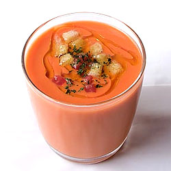 T&#237;a Pol's gazpacho.