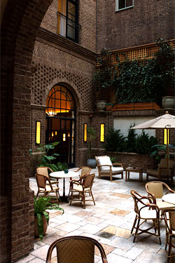 Locanda Verde Is Now Seating Diners in the Courtyard