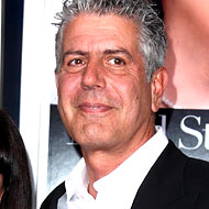 Bourdain Has 'Terrifying and Traumatic' Encounter With Sandra Lee