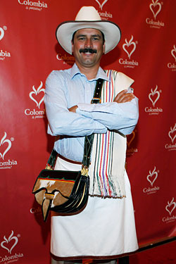 Juan Valdez Says &#8216;Buenos Dias&#8217; to NYC